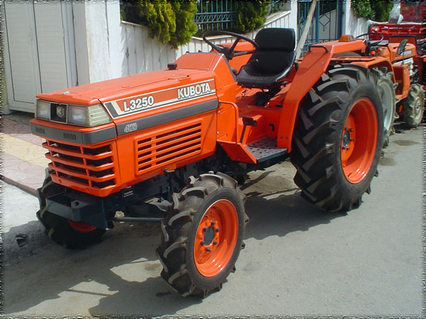 Kubota Tractor Spare Parts : Tractor kubota l wd