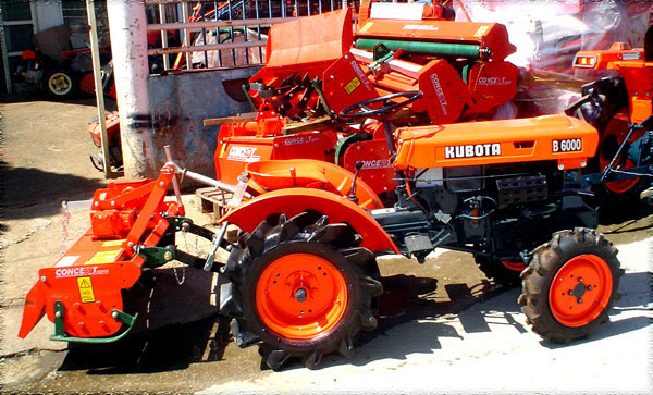 Tractor Rototiller Parts : Tractor kubota b wd with italian